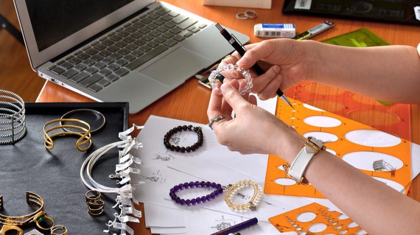 50 Craft Business Ideas - Jewelry Designer