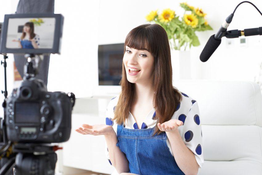 Ideas to Make Money on YouTube - Vlogger