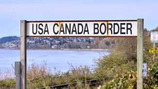 Living in the US and want to open a small business over the northern border? Here are some details on starting a small business in Canada as an American.