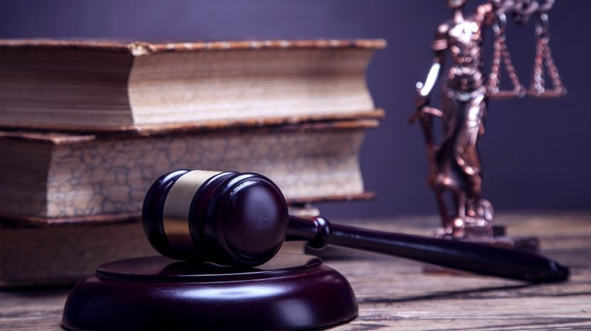 4 Quick End of Year Legal Tips for Small Businesses
