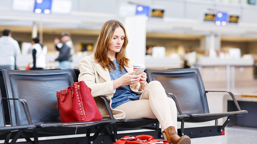 25 Tips for Staying Productive During a Flight Delay