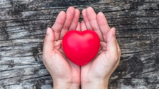 50 Random Acts of Kindness Ideas Your Customers Will Love