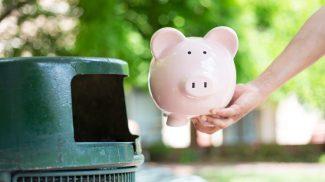 5 Small Business Marketing Schemes That Waste Money