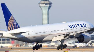 United Airlines Leggings Controversy Shows Why Businesses Need to Change with the Times