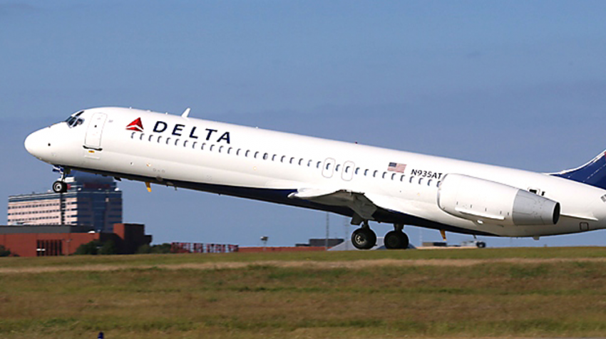 Delta OKs Offers to Give up Seats