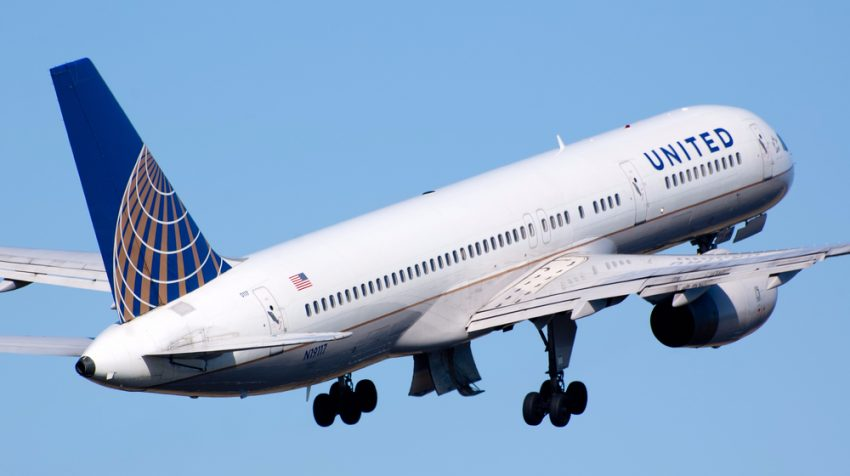 Headlines About United Airlines, Internet Privacy That Could Impact Businesses