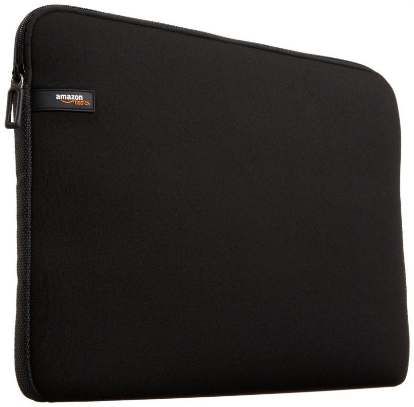 Accessoires de voyage indispensables - Housse pour ordinateur portable AmazonBasics