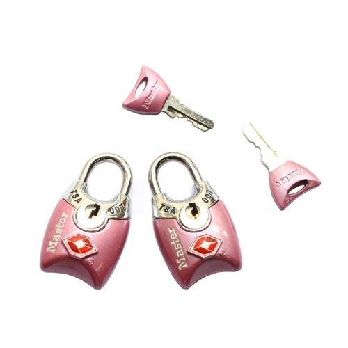 25 accessoires de voyage pour femmes - Serrures à bagages Master Lock