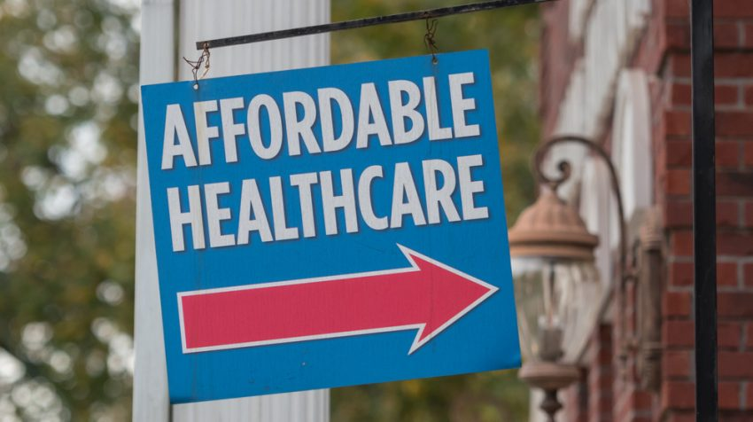 Small Businesses Look for Relief from Obamacare Employer Mandate, Restaurateur Says
