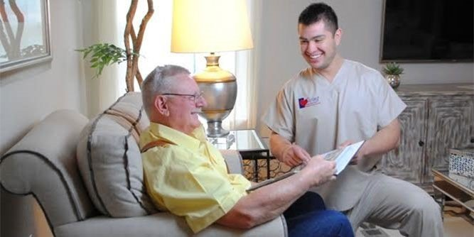 10 Medical Franchises Available to Entrepreneurs - Caring Senior Service Franchise