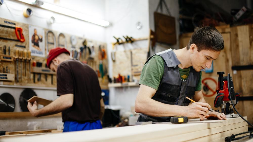 50 Cash Businesses to Consider - Carpenter