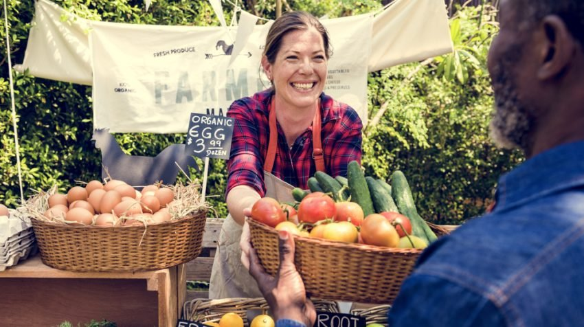 25 Tips for Selling at Farmers Markets