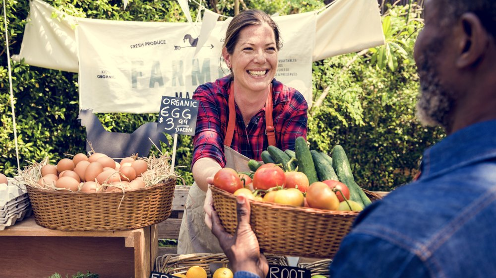 25 Tips for Small Businesses Selling at Farmers Markets ...
