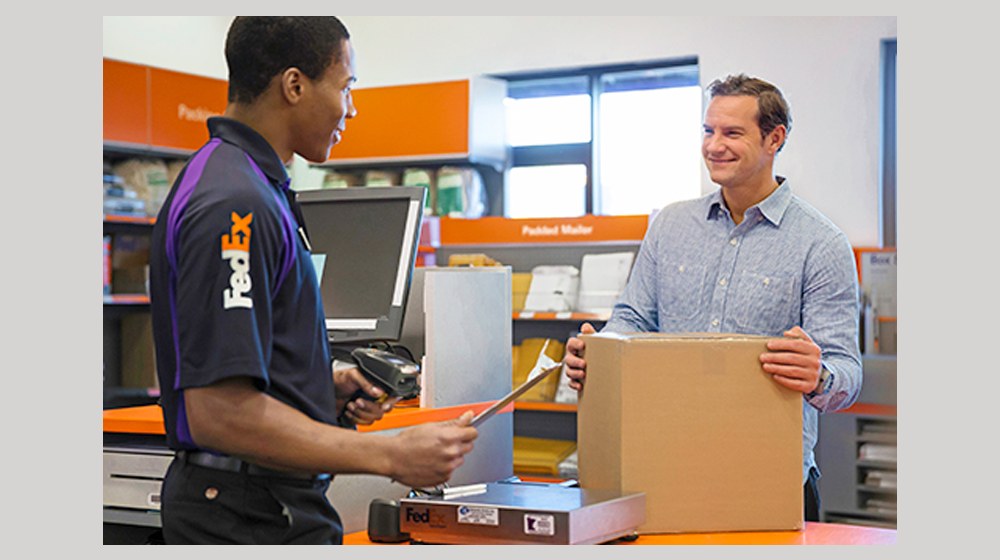 10 Copying and Printing Franchises to Conquer FedEx Office