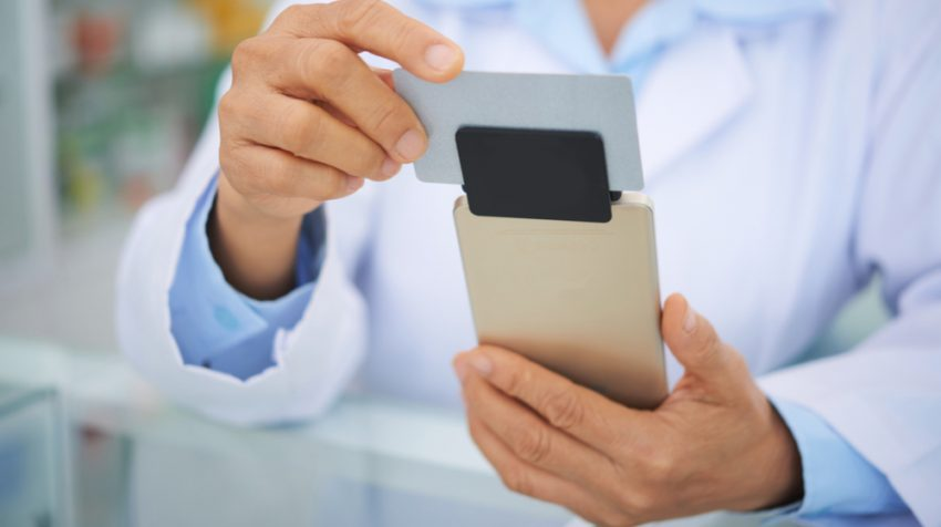 13 Credit Card Readers for Your Small Retail Business