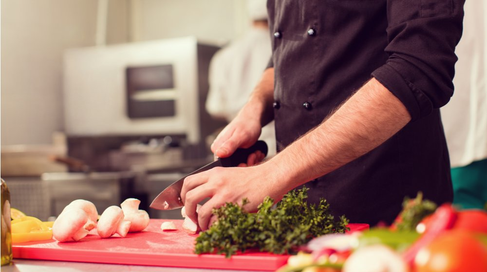 5 Ways Restaurant Technology Saves Money