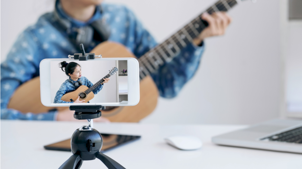 5 Ways to Start Using Interactive Broadcasting for Your Business
