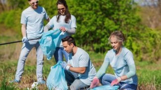 5 Small Business Benefits of Volunteering