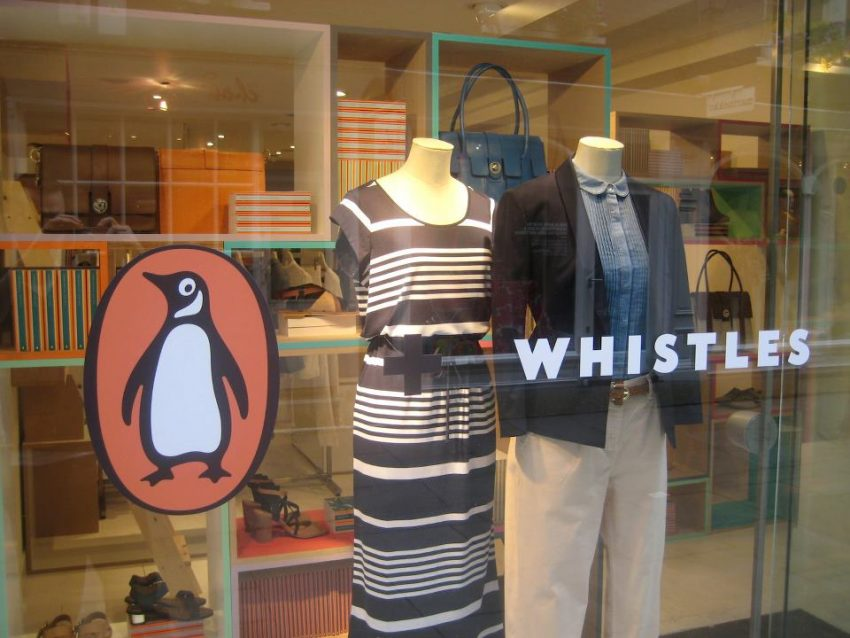 25 Eye Popping Pop-up Shop Examples to Inspire Your Small Business - Pop-up Library