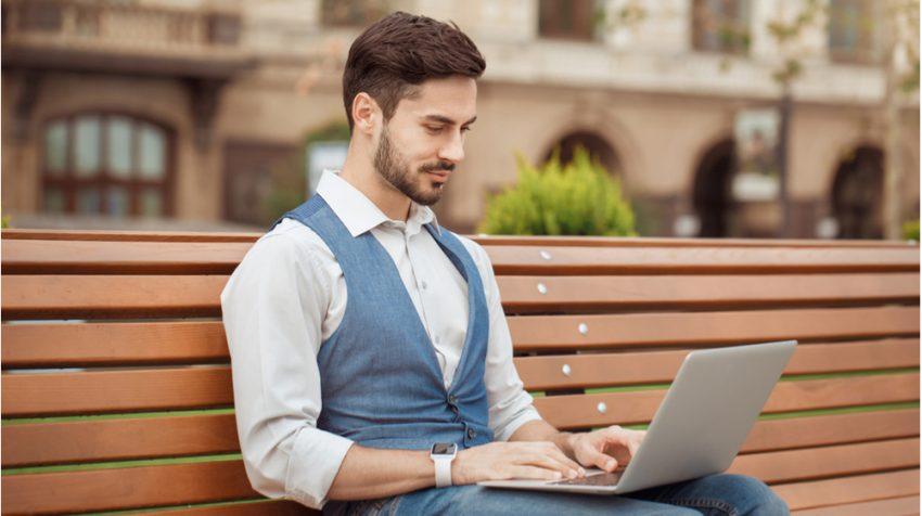 The 12 Best Laptops Under 1000 Dollars