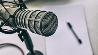 10 Expert Podcast Tips to Make a Great Podcast for Your Small Business