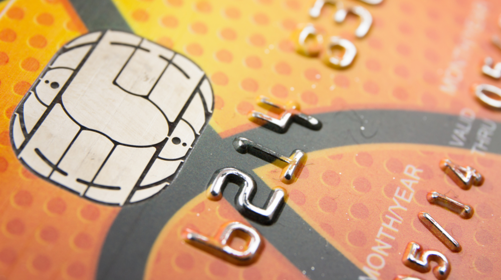 4 Reasons to Take EMV Chip Cards at Your Small Business