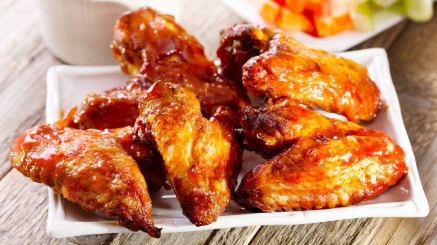 10 Chicken Wing Franchises for Food Entrepreneurs