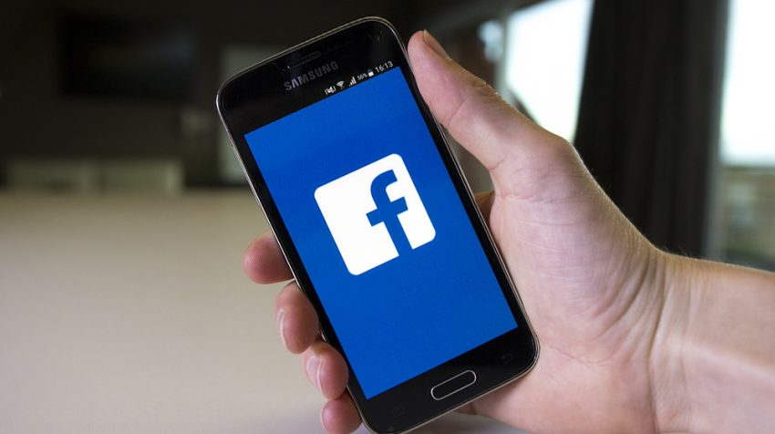 Less Teens on Facebook: Less than Half of Teens Will Use Facebook This Year