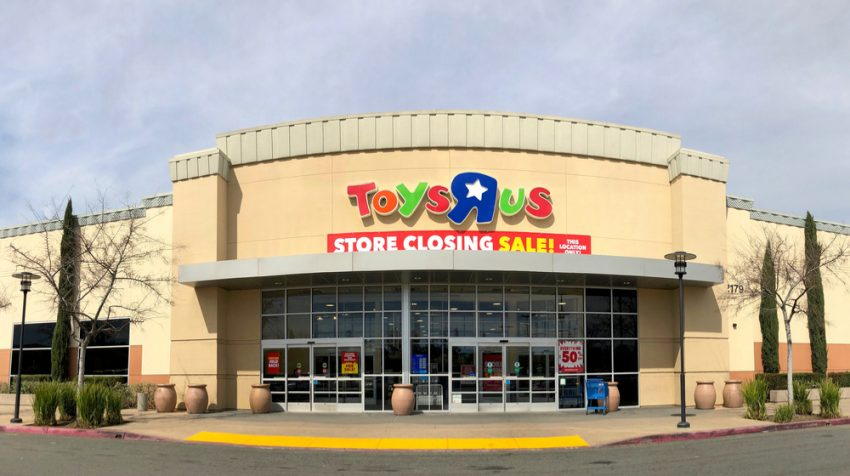 How the Demise of Toys R Us Spells Retail Opportunities for Toy Stores