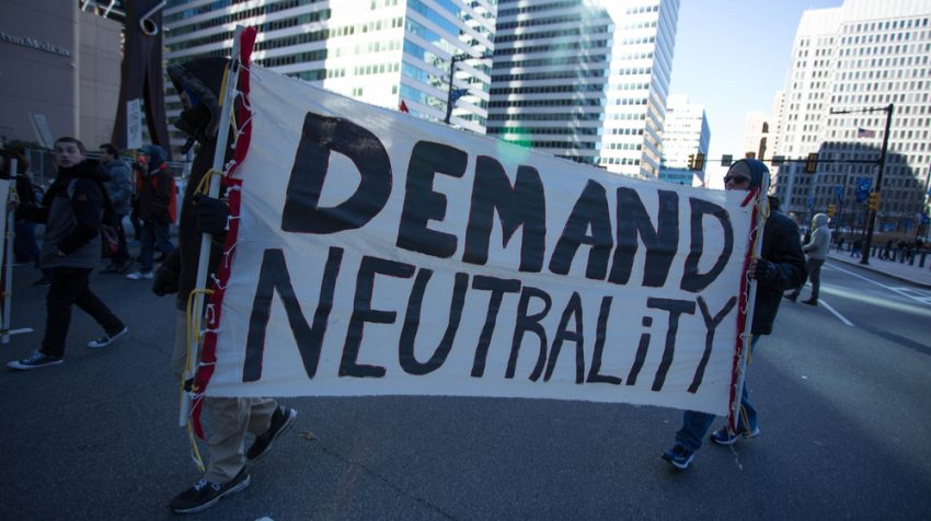 Senate Votes to Reinstate Net Neutrality