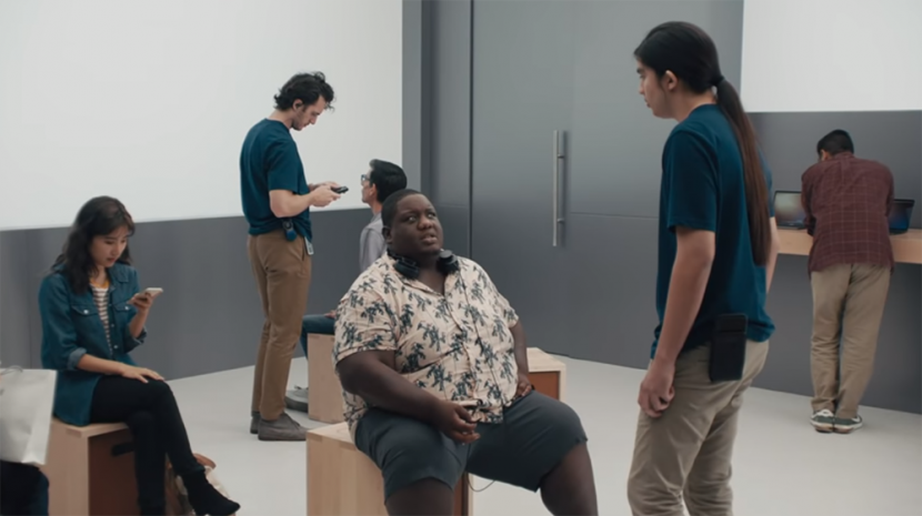 Samsung Trolls Apple in S9 Ads
