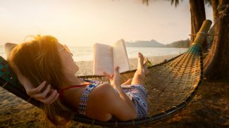 Small Business Summer Reading List: 15 Books Every Entrepreneur Should Pick Up