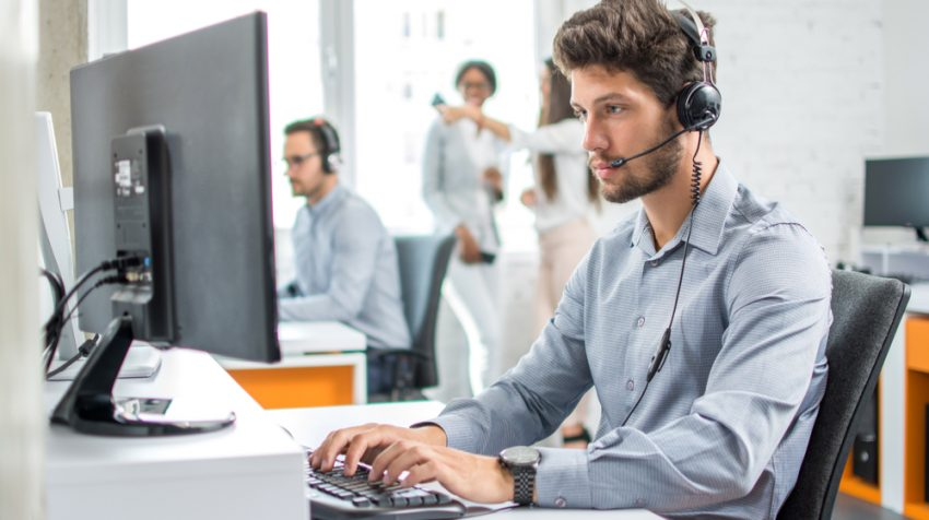 Stripe Merchant Support Adds 24-7 Voice and Chat Options