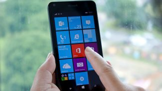 Microsoft Phasing Out Windows Phone 8 and Windows 8 App Store