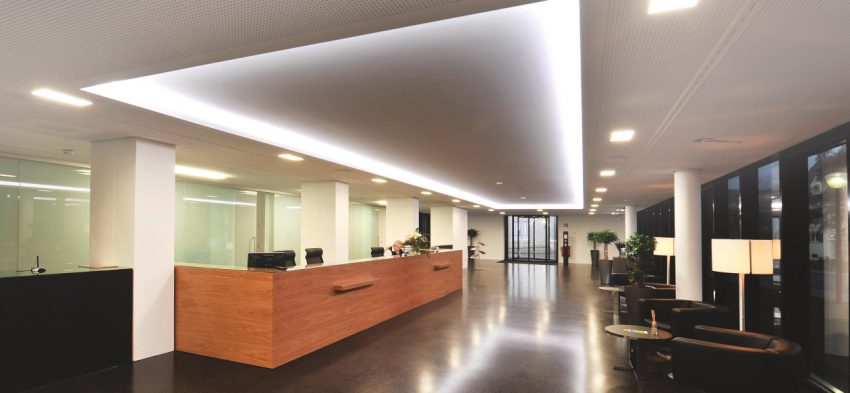 This Lighting System From Osram Shows A Reception Area With A Custom Mix Of  Recessed And Overhead Lights.