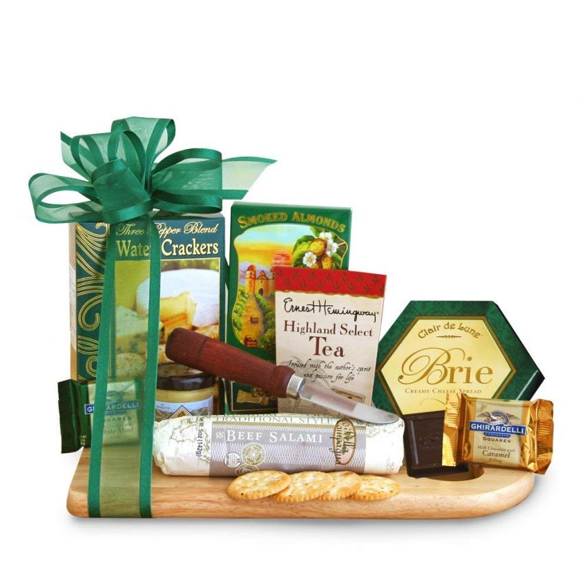 20 Holiday Gift Baskets for the Business Owner on Your List - Gourmet Cheeseboard