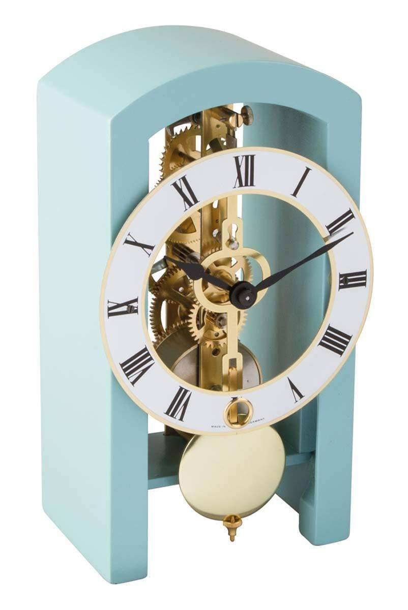 Clever Holiday Gift Ideas for Employees - Desk Clock