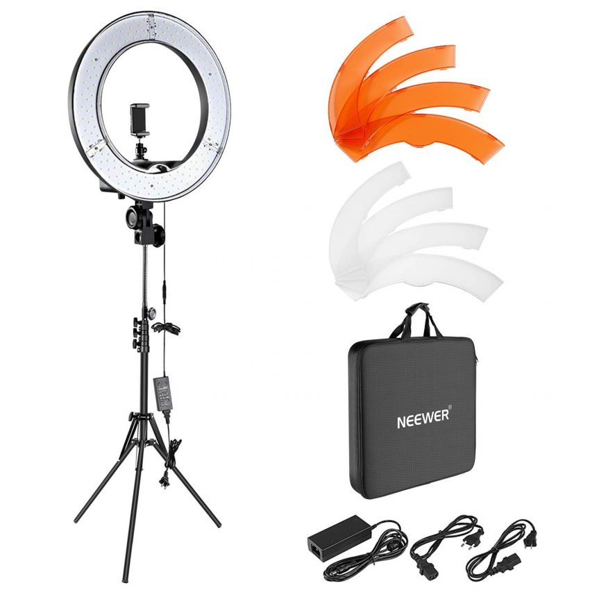 20 Awesome Tech Gifts for the Small Business Owner On Your List - Ring Light