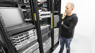 Choosing the Right Hardware Vendor for Your IT Business
