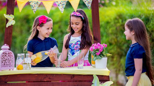 Texas Lemonade Stand Law Prevents Police from Shutting Down Kids' Lemonade Stands