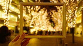 10 Commercial Christmas Lights Ideas for Your Small Business