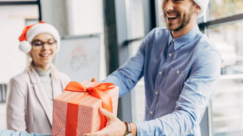 25 Christmas Gifts for Coworkers