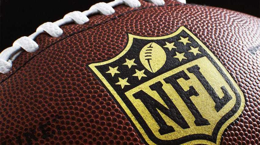 """Content Marketing Lessons from NFL Analyst Brian Baldinger's """"Baldy's Breakdowns"""""""