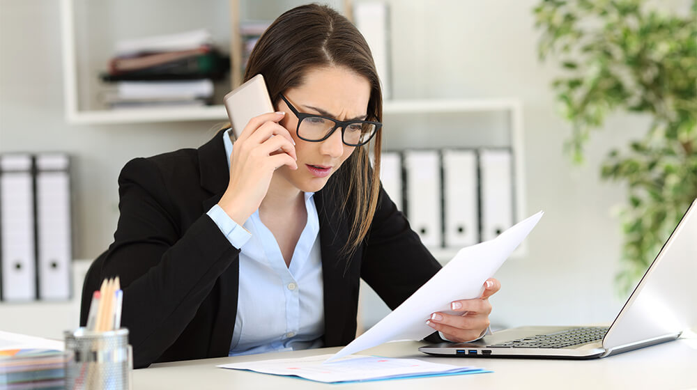 How to Avoid Overpaying Your Business Phone Bill