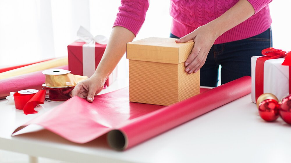 How to Start a Gift Wrapping Service