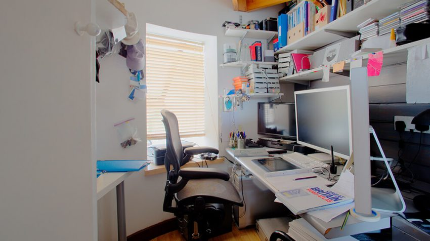 How to Declutter Your Home Office