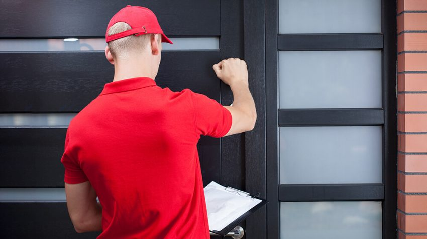 delivery man gig worker