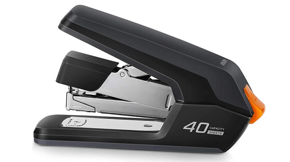 Deli Effortless Desktop Stapler, 40-50 Sheet Capacity