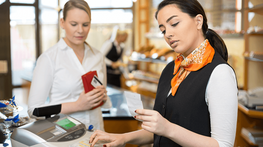 common mistakes cashiers make